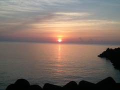 夏、熱海の日の出です。